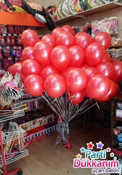 Kirmizi Balon Ve Ucan Balon Demeti Kirmizi Parlak Ucan Balon